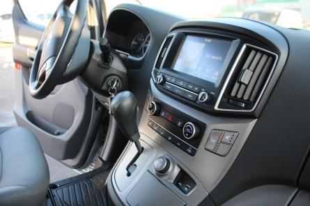"""Hyundai Grand Starex, 2017г. Рестайлинг. Комплектация Smart-4WD. Уже переоборудован в категорию """"В""""."""